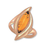 Ladies Ring with amber