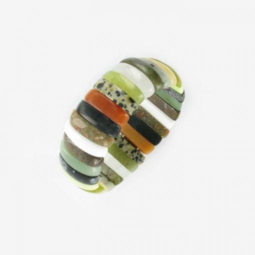 Armband aus Edelsteinen