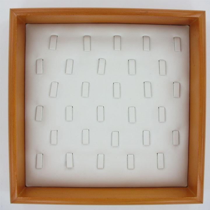 Tabletts für Ringe